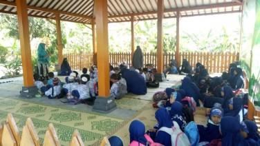 Kunjungan Edukasi dari SD Islam Al Qutwah
