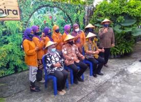 Wakil Walikota Yogyakarta Tanam Perdana di Lorong Sayur Gembira Kota Gede