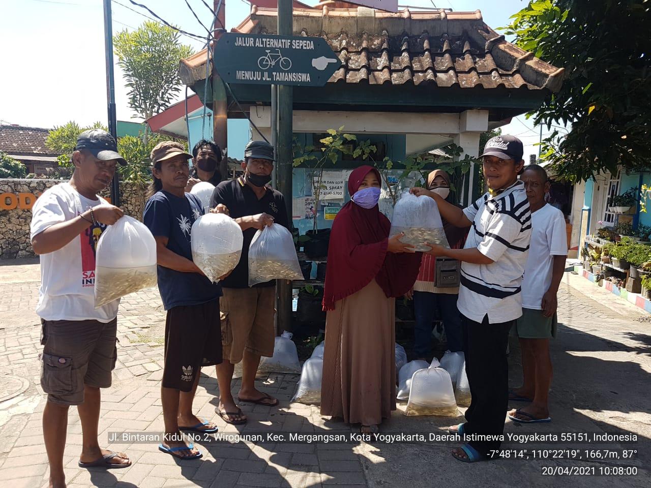Pelaksanaan Restocking Ikan Tahun 2021 Di Kota Yogyakarta